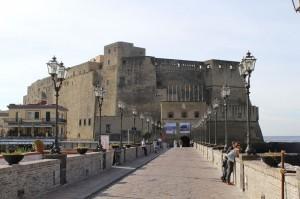 Castel_dell'Ovo_(1)_(15397707910)